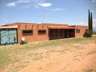 7663 E Larson Rd, Hereford, AZ 85615