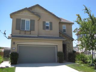 3966 Lake Shore St, Fallbrook, CA 92028