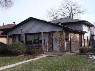 13941 South Hoxie Avenue, Burnham IL