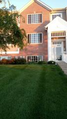 8936 Disbrow St, Huntley, IL 60142
