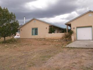 12 Tocado Ct, Belen, NM 87002