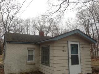 2310 Waterview Dr, Rochester, IN 46975