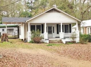 713 Northwest Ave, McComb, MS 39648