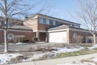 384 Milford Rd, Deerfield, IL 60015