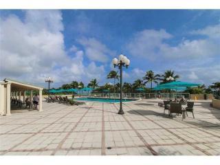 10185 Collins Avenue #515, Bal Harbour FL
