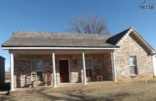 585 Hwy 148, Henrietta, TX 76365