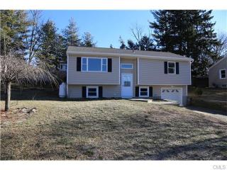 16 Curtis Ave, New Fairfield, CT 06812