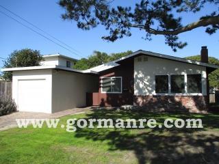 674 Oak St, Monterey, CA 93940