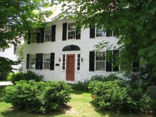 54 Main St, Grafton, VT 05146