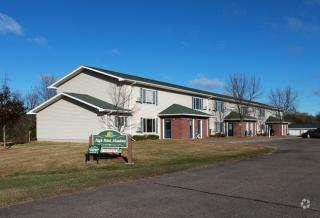 454 High Pointe Dr #18, Ellsworth, WI 54011