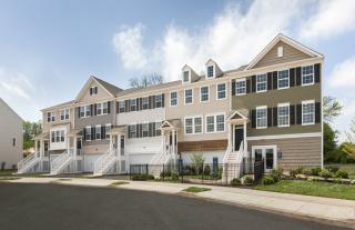 Warrington Pointe by Pulte Homes