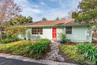 3650 Ross Rd, Palo Alto, CA 94303
