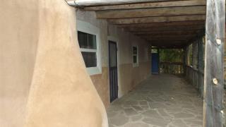 5 Hilltop Road, Ranchos de Taos NM