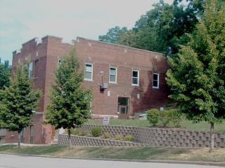1016 W 7th St, Davenport, IA 52802