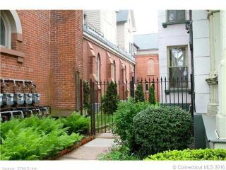 8 Hughes Pl #1N, New Haven, CT 06511