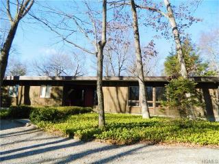 55 Conant Valley Rd, Pound Ridge, NY 10576