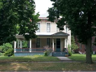 1240 W Washington Blvd #1, Fort Wayne, IN 46802
