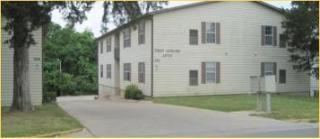 124 E Hunt Ave, Warrensburg, MO 64093
