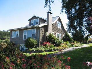 1647 Crosby Rd, Oak Harbor, WA 98277
