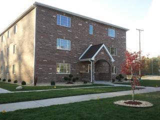 13912 Central Park Ave, Robbins, IL 60472