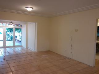 416 Coconut Isle Dr, Fort Lauderdale, FL 33301