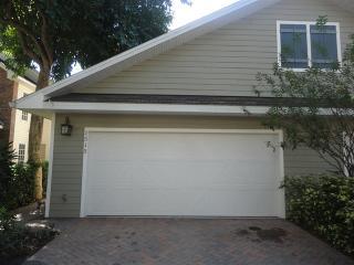 1515 S Bay Villa Pl, Tampa, FL 33629