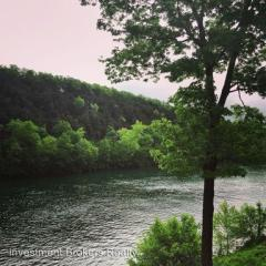 146 River Point Rd #11, Hollister, MO 65672