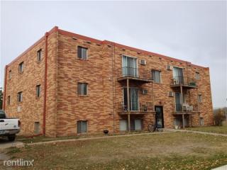 1011 20th St S, Moorhead, MN 56560