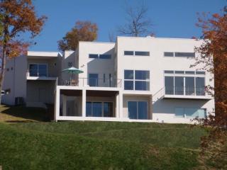 171 Quailrun Rd, Thornville, OH 43076
