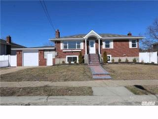 3412 Elliott Blvd, Oceanside, NY 11572