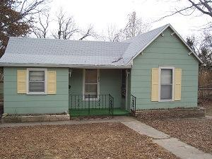 212 16th St, Ogden, KS 66517