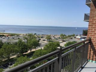 10 Ocean Blvd, Atlantic Highlands, NJ 07716