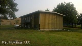 404 4th St, Wakefield, KS 67487