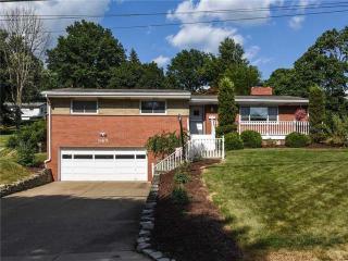 345 Middlegate Dr, Bethel Park, PA 15102