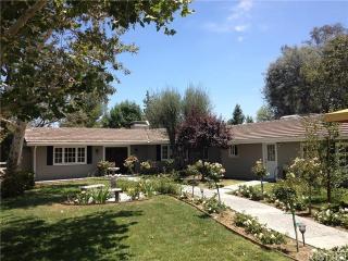 5636 Round Meadow Rd, Hidden Hills, CA 91302