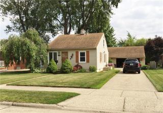 574 Gardner Ave, Clawson, MI 48017