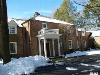 Address Not Disclosed, Locust Valley, NY 11560