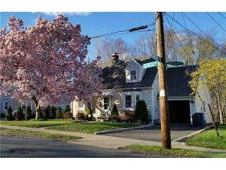 154 Seneca Rd, New Haven, CT 06515