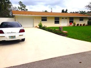 757 Southwest Hidden River Avenue, Palm City FL