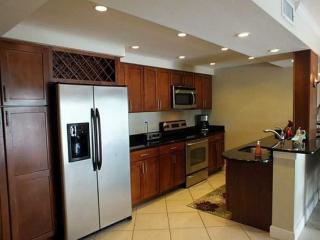 2900 NE 30th St #4G, Fort Lauderdale, FL 33306