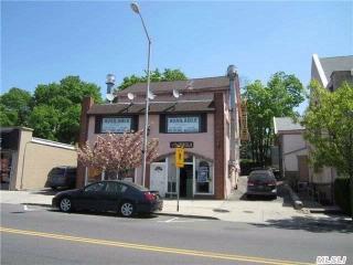 72 School St, Glen Cove, NY 11542