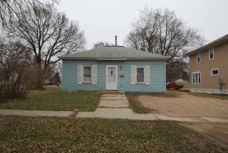 205 5th Ave S, Brookings, SD 57006