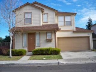 940 Baines St, East Palo Alto, CA 94303