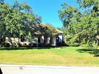 147 Long Wood Ave, Lakeway, TX 78734