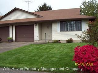 415 NE 24th St #25, McMinnville, OR 97128