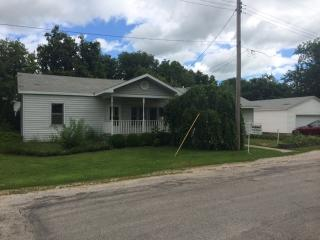 324 W 6th St, Gibson City, IL 60936
