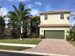 8487 Laurel Lakes Cove, Naples FL