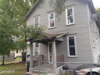 229 Washington Ave #2, Muskegon, MI 49441