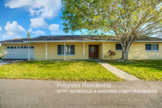 15824 Redington Dr, Redington Beach, FL 33708