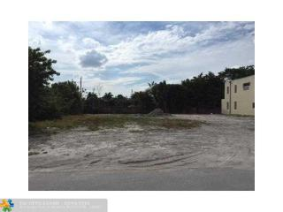 905 Northeast 17th Avenue, Fort Lauderdale FL
